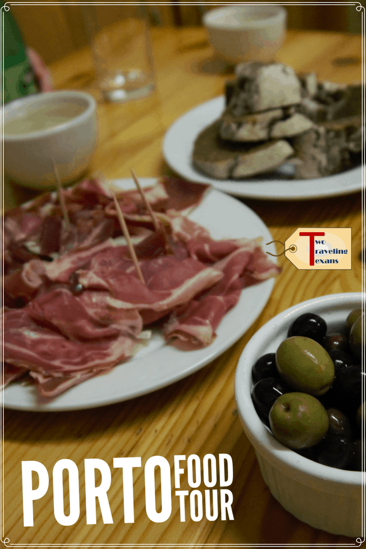 The finger food tour with Porto Walkers is a great way to taste local foods & wines, see the city, and meet new people. | Foodie | Travel