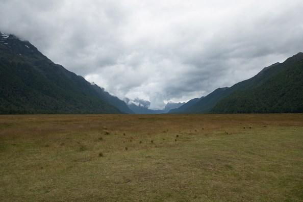 Broad plains on the way to Milford Sound
