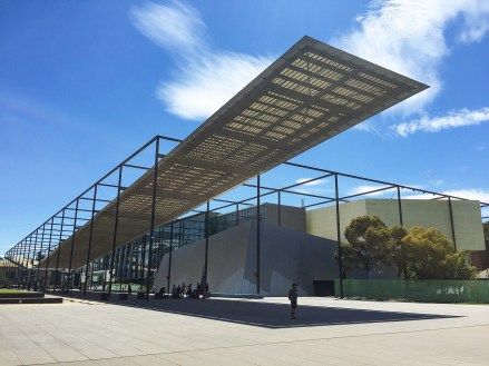 Melbourne Museum – not beautiful, but with aircon