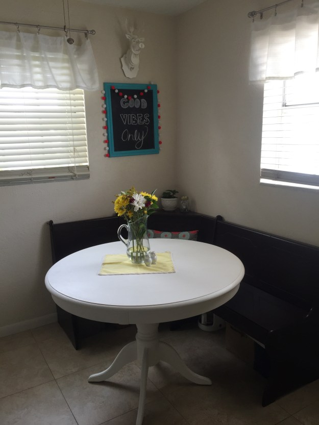 White Round Table Chalk Paint