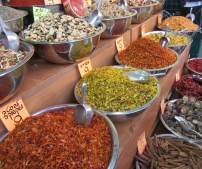 Fresh Spices and Spice Mixes