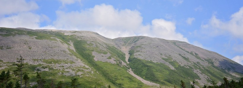 Exploring Newfoundland's West Coast: Hiking Gros Morne Mountain
