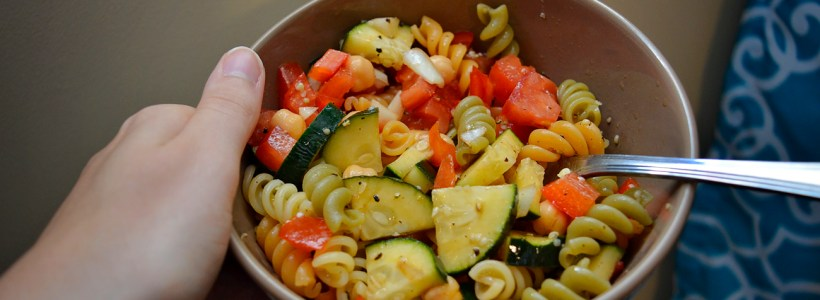 Meditterean Vibes: Healthy Pasta Salad