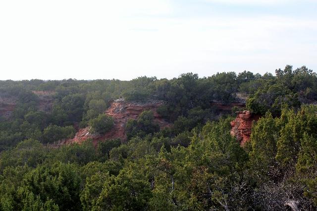 A hidden small canyon.