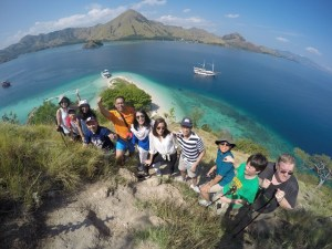 Two Worlds Treasures - group picture at Kelor Island, Flores, Indonesia.