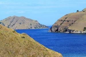 Island Hopping Flores Day 2 - Gili Lawa Island - blue sea - Two Worlds Treasures