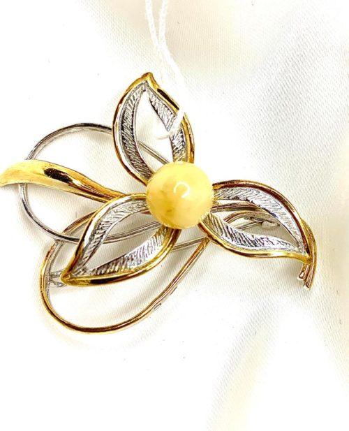 Брошь «Весенний цветок»
