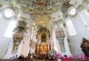 德國: 威斯教堂 (Wieskirche, Germany) + 濕壁畫小鎮 – 歐博阿瑪高 (Oberammergau, Germany)
