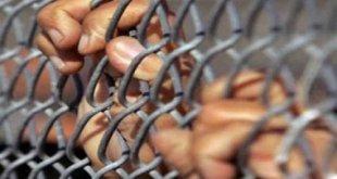 معتقلون إيرانيون: نتعرض للموت البطيء