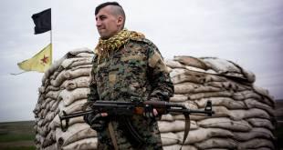 مقاتل أمريكي سابق في YPG: قياديو الوحدات مهووسون بالبروباغندا، وأحدهم منع علاج مدنيين عرب في منبج