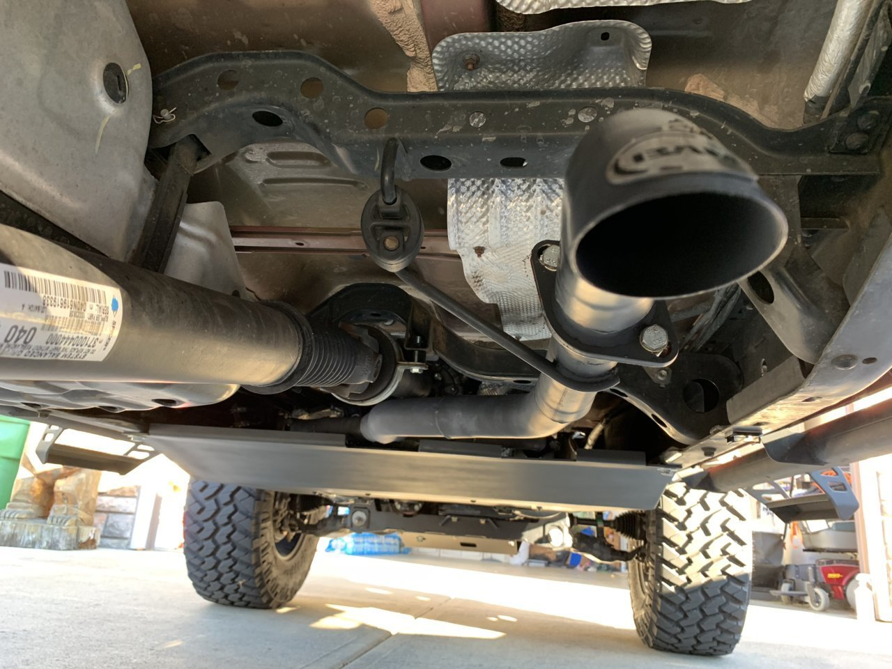 2016 toyota tacoma exhaust system