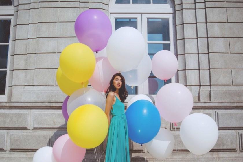 give fun giant latex balloons