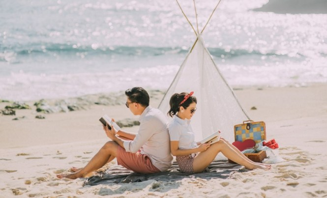 pre-wedding photoshoot locations indonesia - Lembongan Island - HoneyBrides