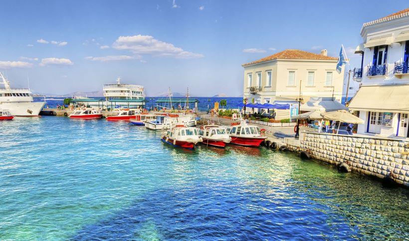 athens-honeymoon_spetses-port