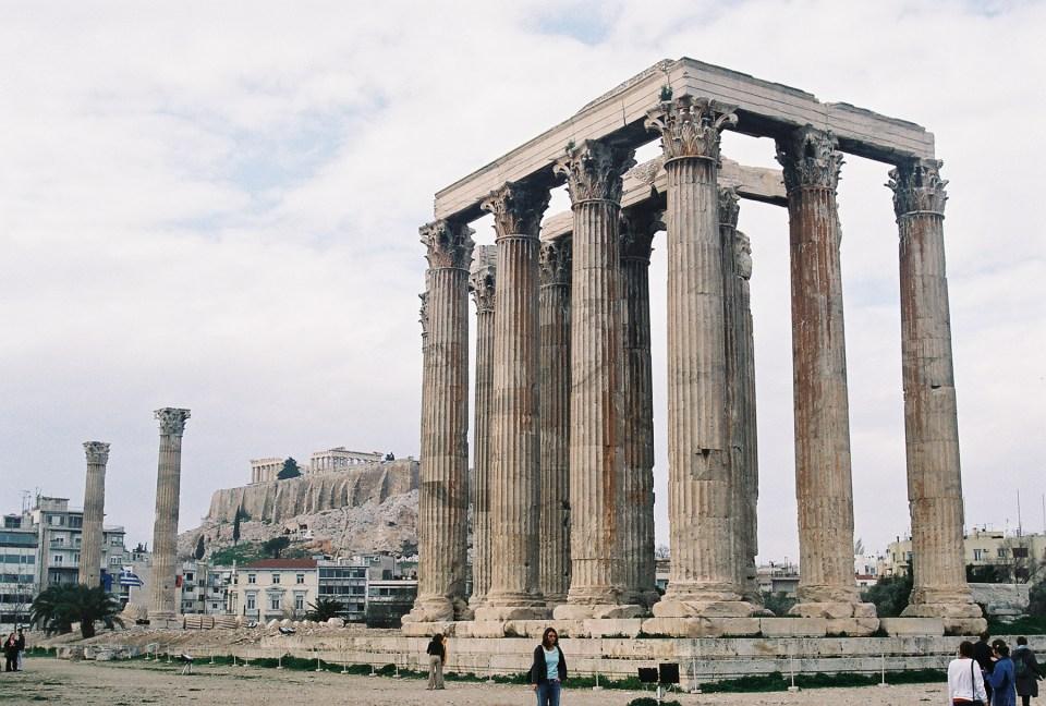 athens-honeymoon_temple-of-olympian-zeus