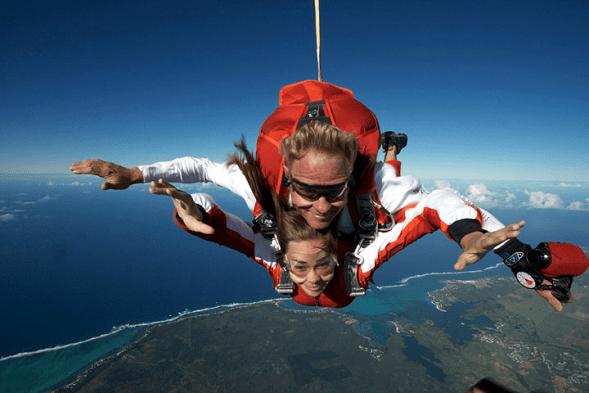 Mauritius Honeymoon - Sky Dive Mauritius - Vanille Mauritius