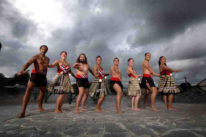New Zealand Honeymoon rotorua-maori-culture-4