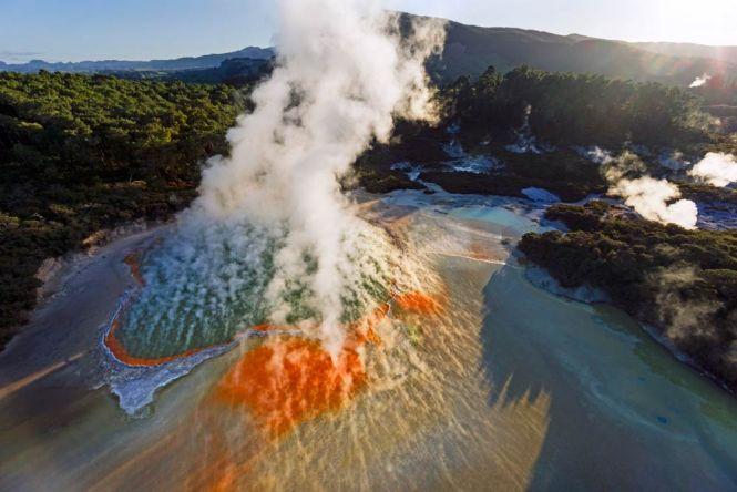 New Zealand Honeymoon waiotapu