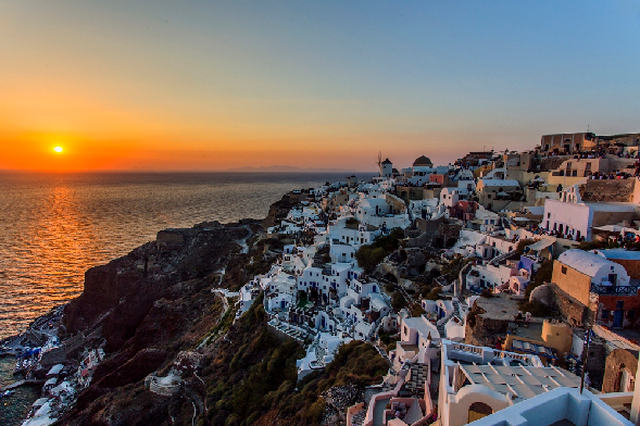 santorini-honeymoon-oia-sunset-polkadot-passport