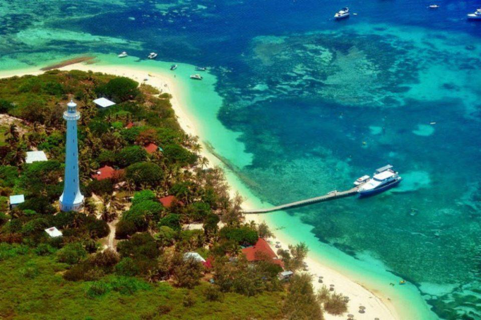 New Caledonia - Amedee Island - Amusing Planet