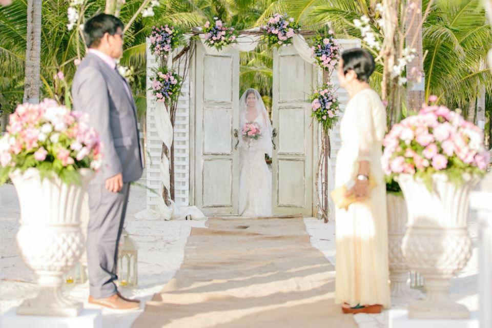 Photo via Unique Wedding Events