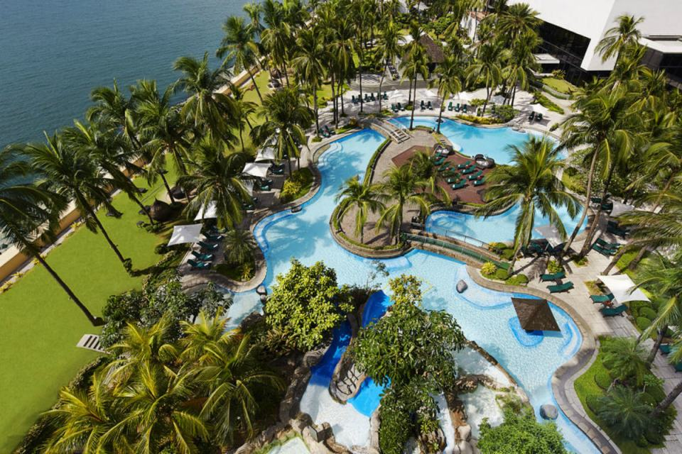 Photo via Hotels