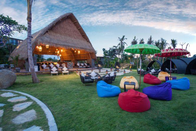 Wyndham Tamansari Jivva Bali Resort_Jivva Beach Club 2