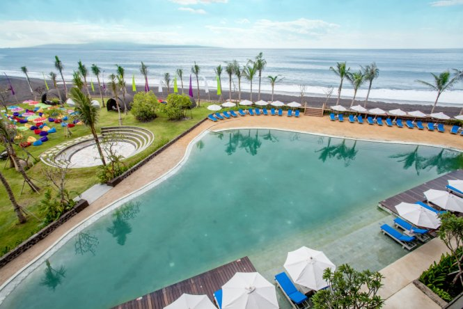 Wyndham Tamansari Jivva Bali Resort_Jivva Beach Club_Beach Pool