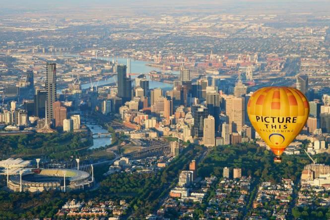 Australia Honeymoon Melbourne Hot Air Balloon Sunrise