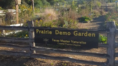 Seabourne Creek Nature Park Prairie Garden Sign Kimberly Farou Nov 3 2018