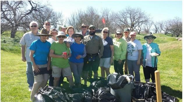HLMN Volunteers, Park Hosts, and Sean Jones