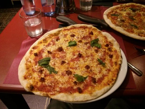 Pizza menorquina del restaurante Coppola de Bilbao.