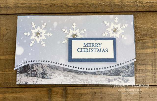 The Curvy Christmas and Quite Curvy bundle by Stampin' Up! makes cute gift card holders for Christmas.