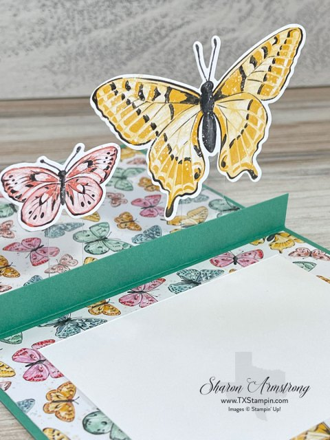 This pop up card idea is an easy template and tutorial to follow.