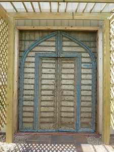 Darcy's Vineyard - doors