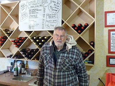 La Buena Vida Vineyards - Springtown - owner