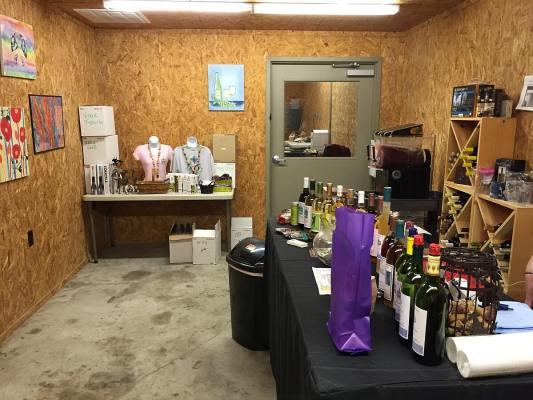 Perrine Winery - Dowling Rd inside