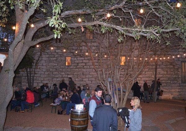 Pontotoc Vineyard courtyard