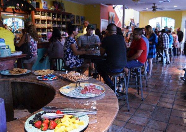 Rustic Grape Grand Renaming - food and crowd