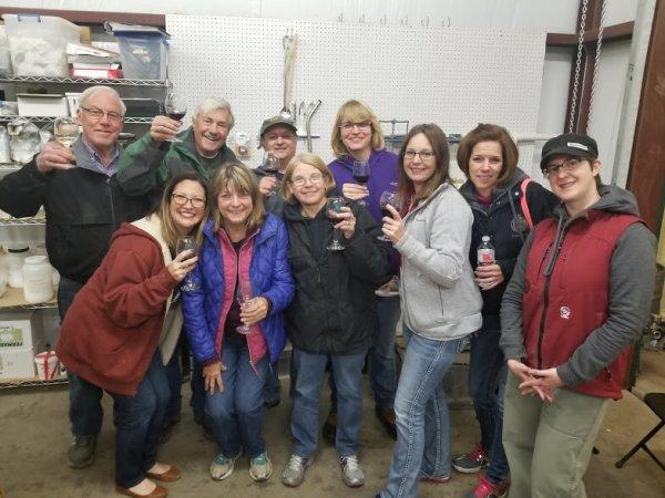 12-17 LOW - Lost Oak Winery