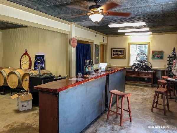 Blue Mule Winery tasting room