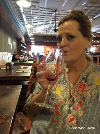 D'Vine Wine Straw facing forward