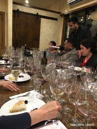 Vino Andreucci - Flavio Andreucci discussing his wines