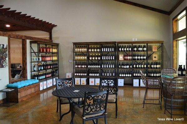 Wedding Oak Winery at Fredericksburg tasting room