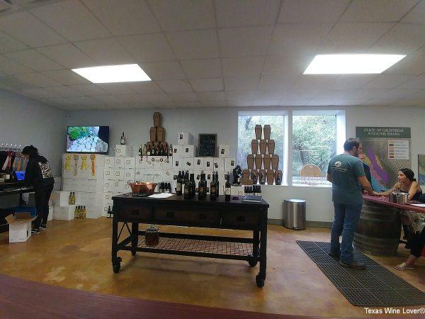 Graveyard Vineyards tasting room