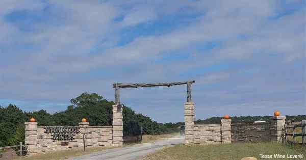 Stoneledge Winery entrance