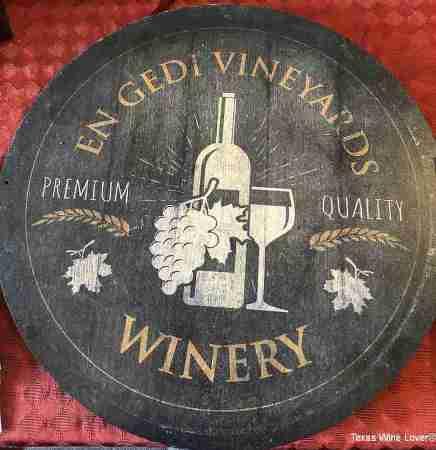 En Gedi Vineyards Winery sign