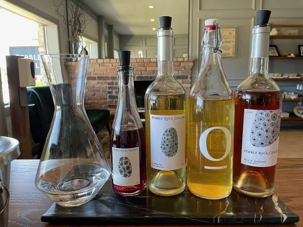 Peblle Rock Cellars wine