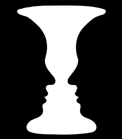 「ルビンの壺」はデンマークの心理学者エドガー・ルビンさんが考案した多義図形(一つの絵で二つ以上の意味や見え方を確認できる図形)だそうです。ルビンさんの名前から命名されており「ルビンの盃」とも言うそうです。レッサーパンダにはオデコの出た男性が向かい合っている様に見えます。