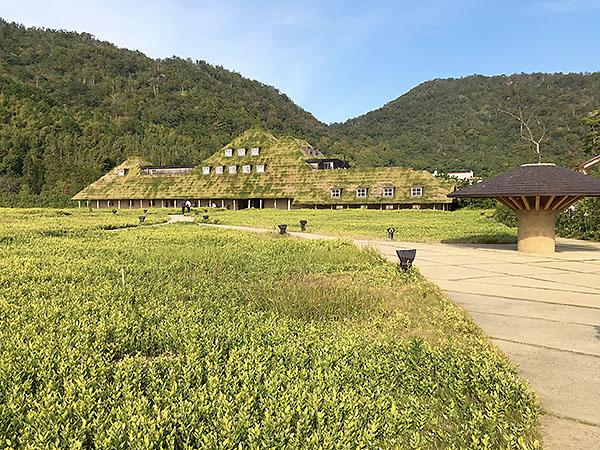 3万5千坪という広大な敷地に建つラコリーナ近江八幡。ラ・コリーナはイタリア語で丘の意味。